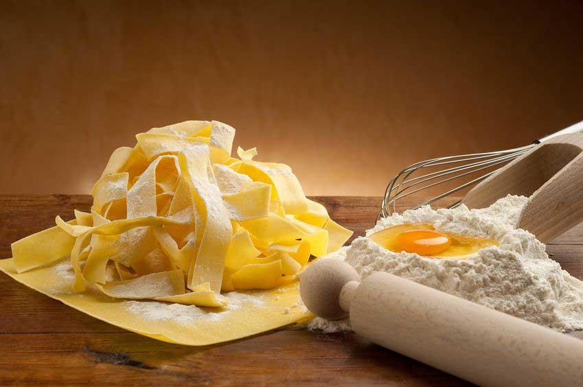 Teig für Eiernudeln